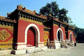 White Dagoba of Beijing Beihai Park, Beijing Attractions, Beijing Travel Guide