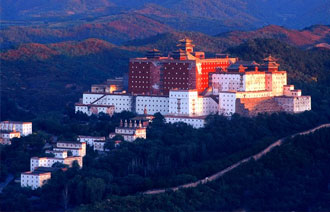Putuo Zongcheng Temple of Chengde, Chengde Attractions, Chengde Travel Guide
