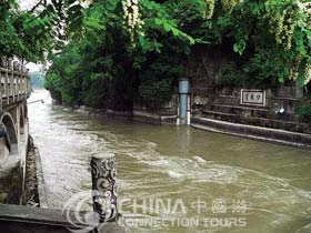 Dujiangyan Irrigation System, Chengdu Attractions, Chengdu Travel Guide