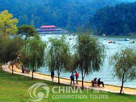 Guiyang Qianling Park, Guiyang Attractions, Guiyang Travel Guide
