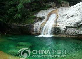 Huangshan Hot Spring, Huangshan Attractions,  Huangshan Travel Guide