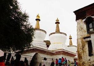 Sakya Monastery, Shigatze Attractions, Tibet Travel Guide