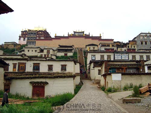 Songzanlin Lamasery - Zhongdian Travel Guide
